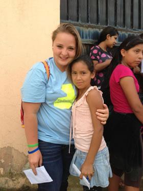Passport Health Featured Traveler: Mikayla with the kids of Neuvo Reto