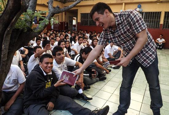 Featured Traveler Steven in El Salvador