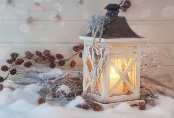 Winter Holidays: Lantern in the snow