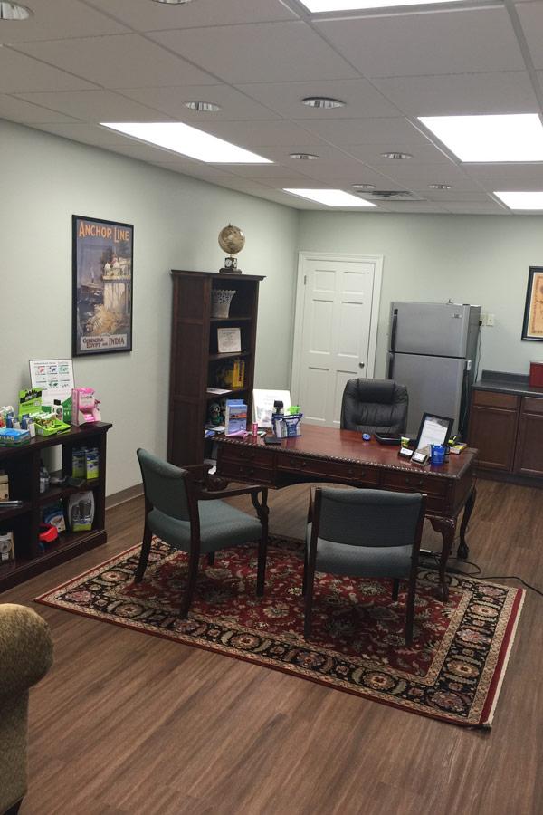 metaire-la-travel-clinic-consultation-room
