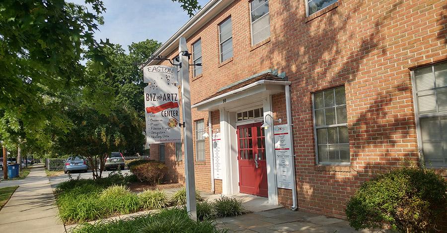 Passport Health's Easton Travel Clinic provides premiere travel medicine services.