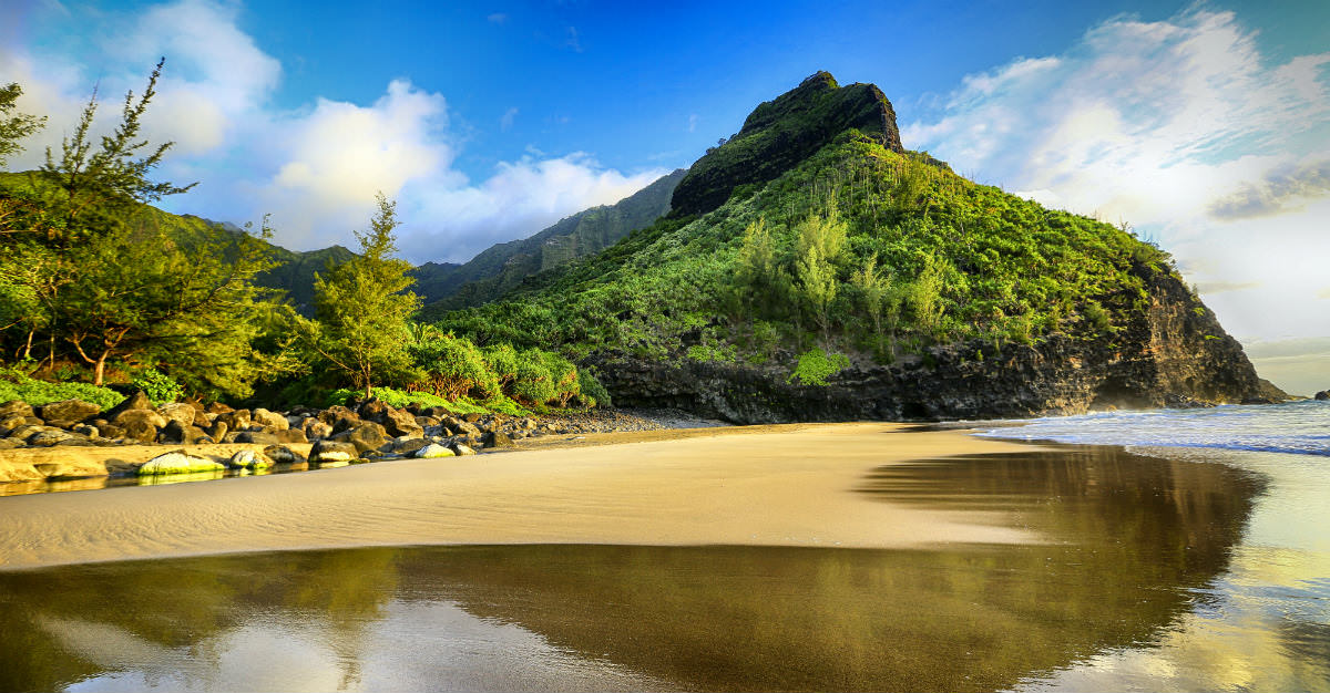 Even after deciding to take a Hawaiian vacation, there are still a few steps to get the most out of your trip.