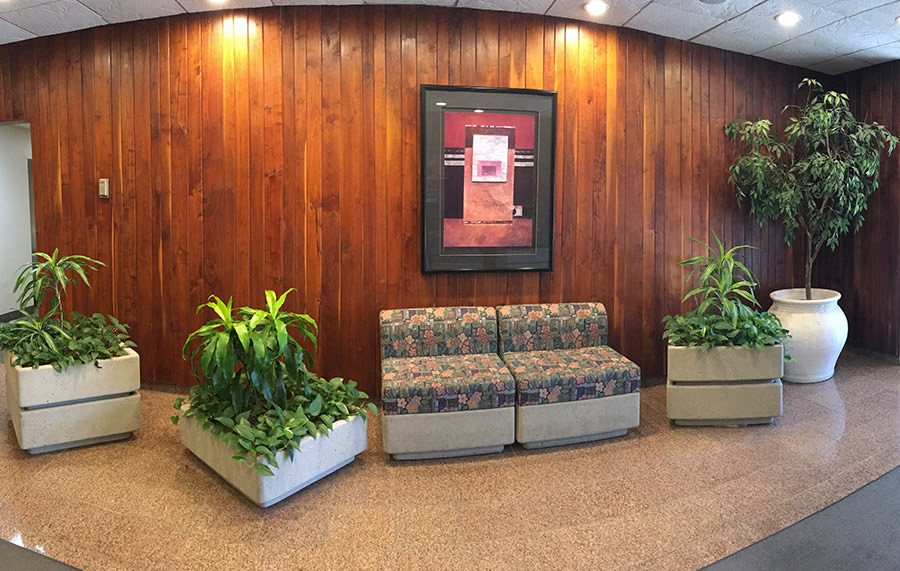 Passport Health's Bethesda's lobby is easy to find and very comfortable.