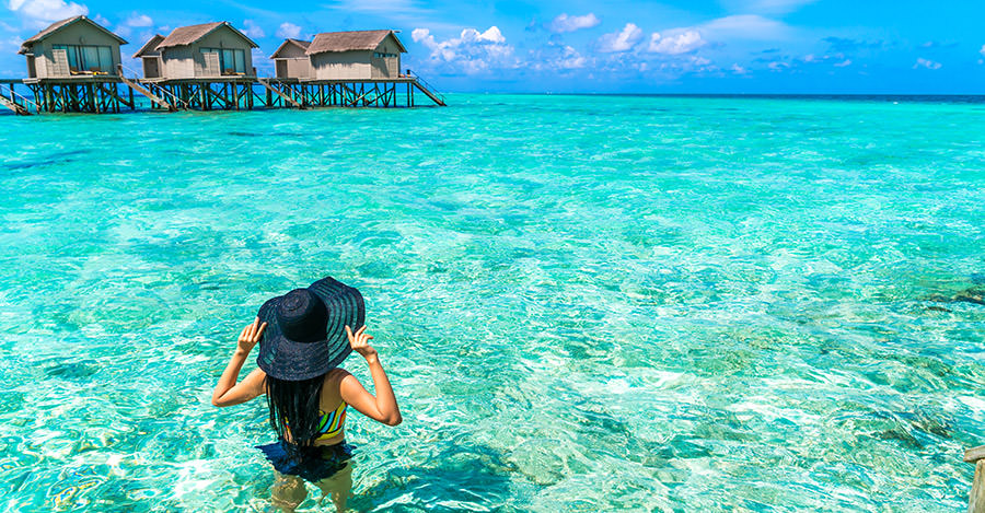 Clear waters and amazing beaches, visit the Maldives for an amazing trip. Make sure you explore them safely with travel vaccines and advice from Passport Health.