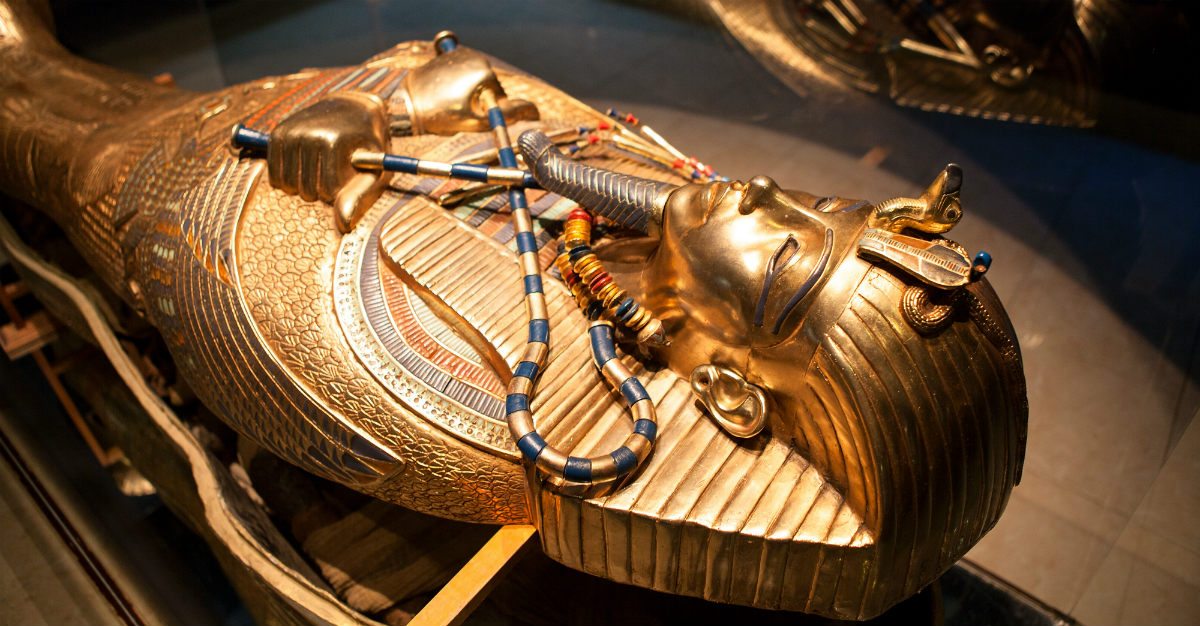 Particles of chickenpox has been found in mummies.