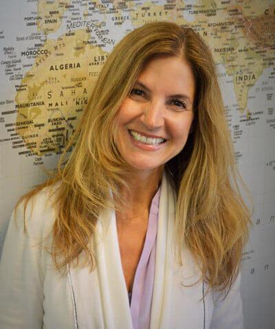 Juli Theo, Travel Medicine Specialist