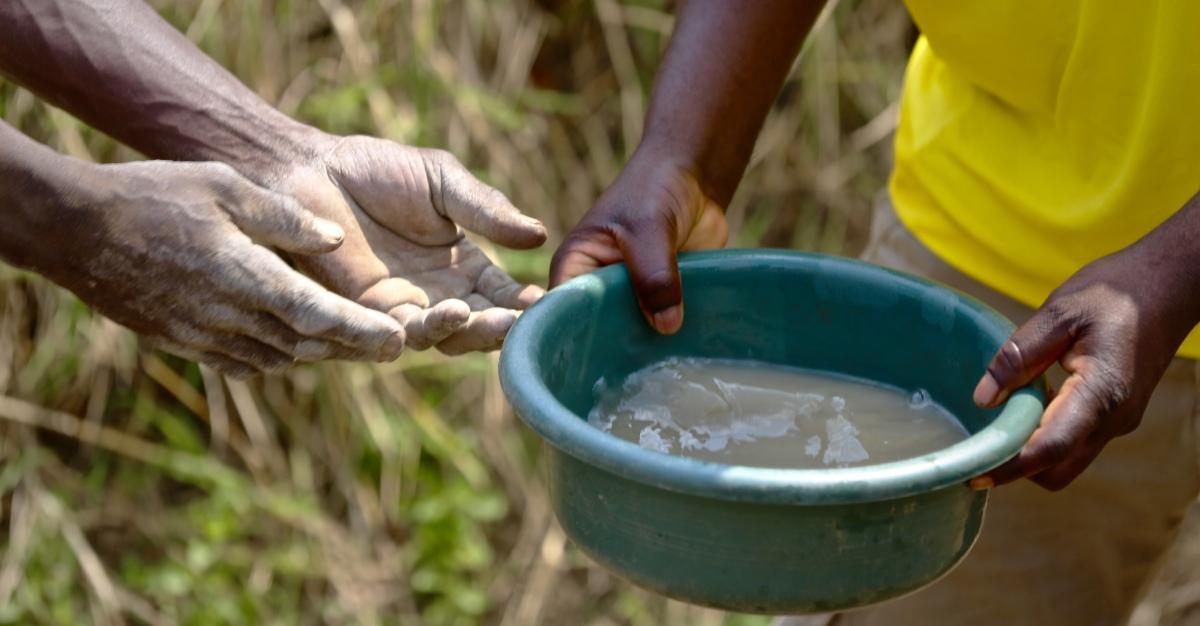 Air terkontaminasi