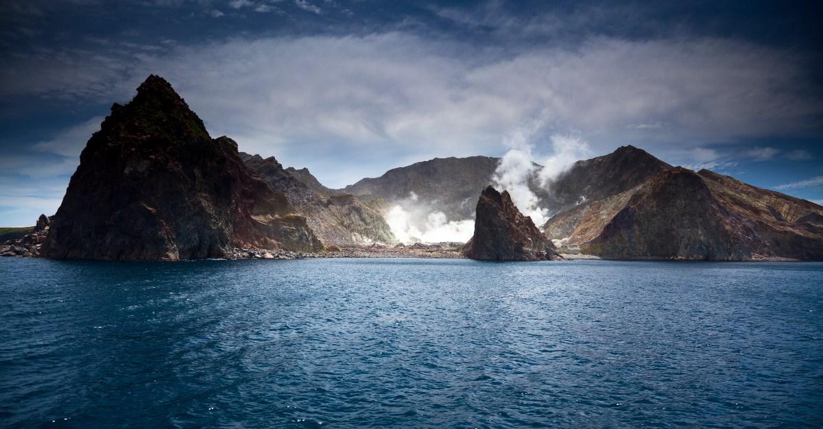 https://cdn.passporthealthusa.com/wp-content/uploads/2019/01/Volcano-New-Zealand-1.jpg?x83798