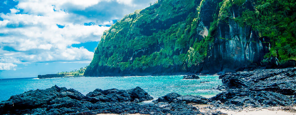 Calm beaches and serene scenes are all over Comoros. Enjoy it without worry with Passport Health's premiere travel vaccination and medication services.